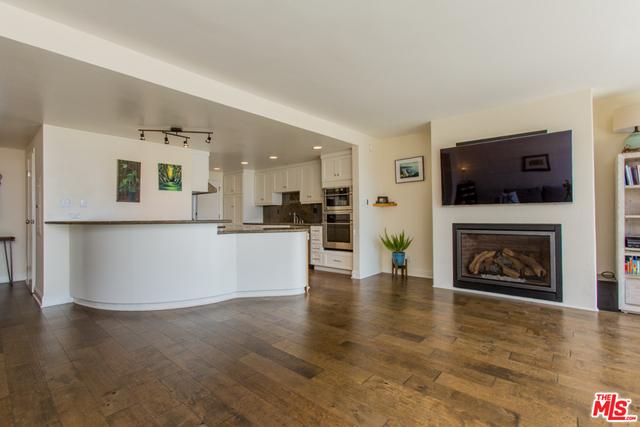 23908 DE VILLE WAY, MALIBU, California 90265, 2 Bedrooms Bedrooms, ,2 BathroomsBathrooms,Residential Lease,For Sale,DE VILLE,19-525816