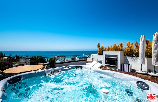 22065 PACIFIC COAST HWY, MALIBU, California 90265, 3 Bedrooms Bedrooms, ,4 BathroomsBathrooms,Residential,For Sale,PACIFIC COAST,19-526268