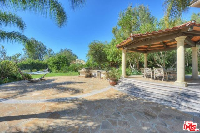 27589 PACIFIC COAST HWY, MALIBU, California 90265, 4 Bedrooms Bedrooms, ,5 BathroomsBathrooms,Residential Lease,For Sale,PACIFIC COAST,19-526280