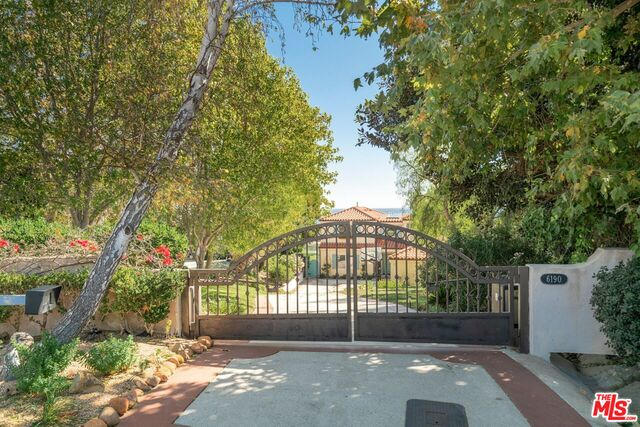 6190 GALAHAD RD, MALIBU, California 90265, 5 Bedrooms Bedrooms, ,5 BathroomsBathrooms,Residential Lease,For Sale,GALAHAD,19-526402