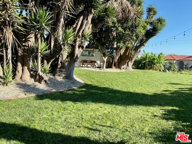 22669 PACIFIC COAST HWY, MALIBU, California 90265, 6 Bedrooms Bedrooms, ,6 BathroomsBathrooms,Residential Income,For Sale,PACIFIC COAST,19-527196
