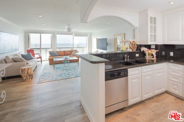 11868 STARFISH LN, MALIBU, California 90265, 2 Bedrooms Bedrooms, ,2 BathroomsBathrooms,Residential Lease,For Sale,STARFISH,19-528048