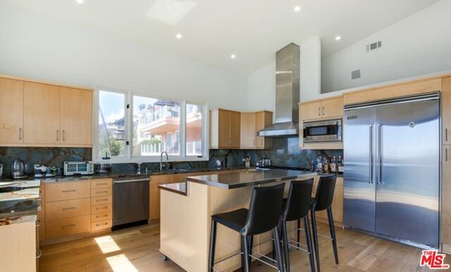 21370 RAMBLA VIS, MALIBU, California 90265, 3 Bedrooms Bedrooms, ,4 BathroomsBathrooms,Residential Lease,For Sale,RAMBLA,19-530736