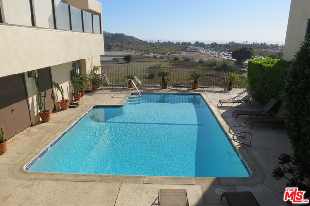 23901 CIVIC CENTER WAY, MALIBU, California 90265, 2 Bedrooms Bedrooms, ,2 BathroomsBathrooms,Residential Lease,For Sale,CIVIC CENTER,19-530996