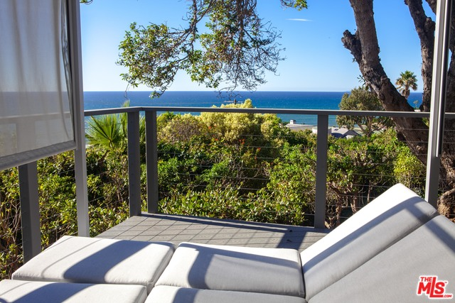 11487 TONGAREVA ST, MALIBU, California 90265, 3 Bedrooms Bedrooms, ,2 BathroomsBathrooms,Residential,For Sale,TONGAREVA,19-534460