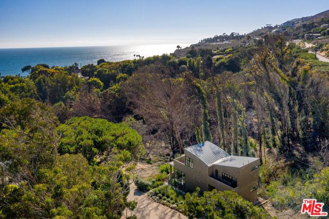 31894 SEA LEVEL DR, MALIBU, California 90265, 2 Bedrooms Bedrooms, ,2 BathroomsBathrooms,Residential Lease,For Sale,SEA LEVEL,19-534682