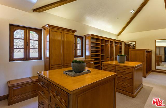 3250 SERRA RD, MALIBU, California 90265, 7 Bedrooms Bedrooms, ,13 BathroomsBathrooms,Residential,For Sale,SERRA,19-535038