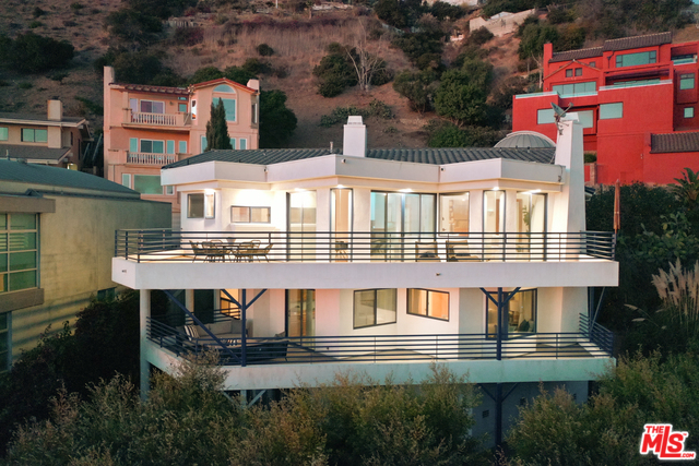 21566 Rambla Vista, MALIBU, California 90265, 3 Bedrooms Bedrooms, ,4 BathroomsBathrooms,Residential Lease,For Sale,Rambla Vista,19-535058