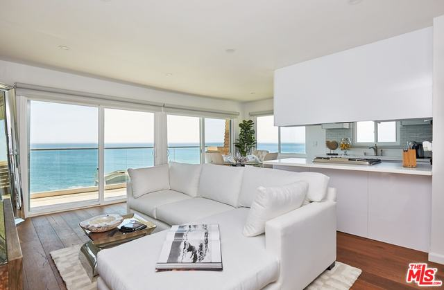 20747 PACIFIC COAST HWY, MALIBU, California 90265, 2 Bedrooms Bedrooms, ,1 BathroomBathrooms,Residential Lease,For Sale,PACIFIC COAST,19-535752