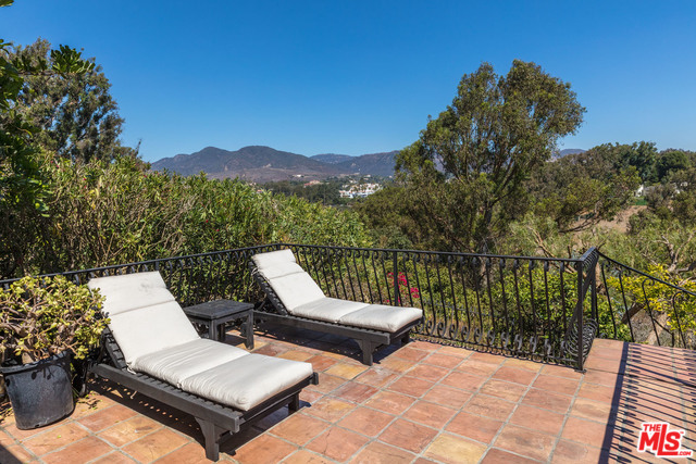 6656 DUME DRIVE, MALIBU, California 90265, 5 Bedrooms Bedrooms, ,5 BathroomsBathrooms,Residential Lease,For Sale,DUME DRIVE,19-536056