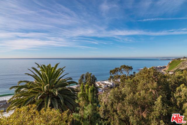 21470 RAMBLA VISTA, MALIBU, California 90265, 4 Bedrooms Bedrooms, ,4 BathroomsBathrooms,Residential,For Sale,RAMBLA VISTA,20-540642