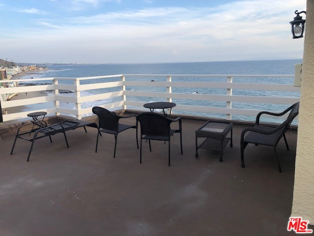 19256 PACIFIC COAST HWY, MALIBU, California 90265, 3 Bedrooms Bedrooms, ,4 BathroomsBathrooms,Residential Lease,For Sale,PACIFIC COAST,20-542734