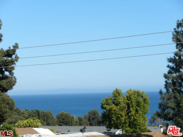 28304 REY DE COPAS LN, MALIBU, California 90265, 2 Bedrooms Bedrooms, ,2 BathroomsBathrooms,Residential Lease,For Sale,REY DE COPAS,20-542880