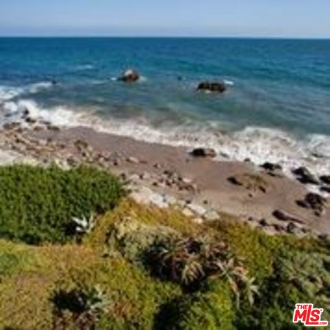20202 PACIFIC COAST HWY, MALIBU, California 90265, 2 Bedrooms Bedrooms, ,1 BathroomBathrooms,Residential Lease,For Sale,PACIFIC COAST,20-543074