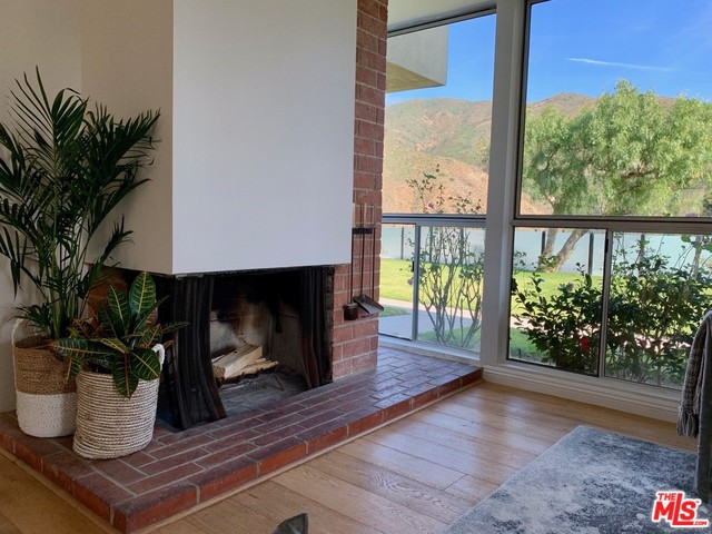 6216 TAPIA DR, MALIBU, California 90265, 2 Bedrooms Bedrooms, ,2 BathroomsBathrooms,Residential,For Sale,TAPIA,20-543374