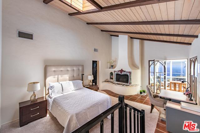 4284 AVENIDA DE LA ENCINAL, MALIBU, California 90265, 2 Bedrooms Bedrooms, ,2 BathroomsBathrooms,Residential,For Sale,AVENIDA DE LA ENCINAL,20-543712
