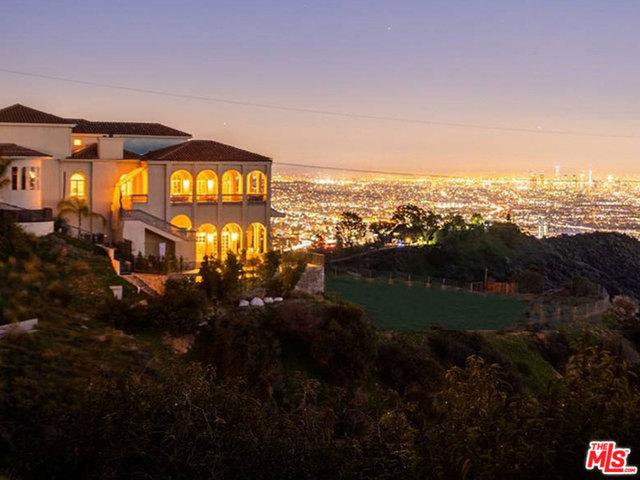 Photo of 2462 SOLAR DR, LOS ANGELES, CA 90046