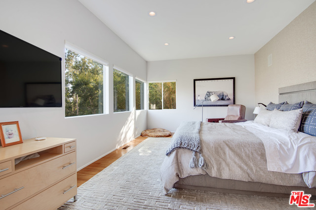 1876 LOOKOUT RD, MALIBU, California 90265, 4 Bedrooms Bedrooms, ,4 BathroomsBathrooms,Residential Lease,For Sale,LOOKOUT,20-544868