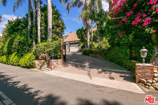 23233 MARIPOSA DE ORO ST, MALIBU, California 90265, 3 Bedrooms Bedrooms, ,3 BathroomsBathrooms,Residential,For Sale,MARIPOSA DE ORO,20-545846