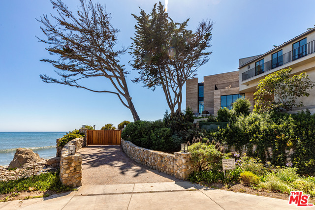 33014 PACIFIC COAST HWY, MALIBU, California 90265, 3 Bedrooms Bedrooms, ,5 BathroomsBathrooms,Residential,For Sale,PACIFIC COAST,20-546034
