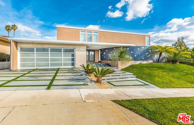 Photo of 5326 S SHERBOURNE DR, LOS ANGELES, CA 90056