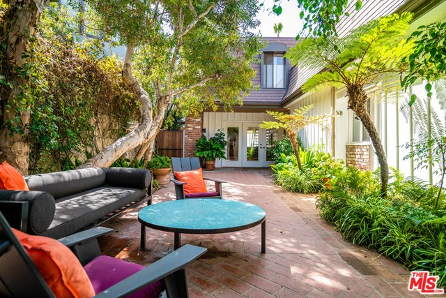 31034 BROAD BEACH RD, MALIBU, California 90265, 6 Bedrooms Bedrooms, ,6 BathroomsBathrooms,Residential Lease,For Sale,BROAD BEACH,20-547248