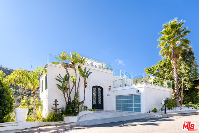 Photo of 1625 CLEAR VIEW DR, BEVERLY HILLS, CA 90210