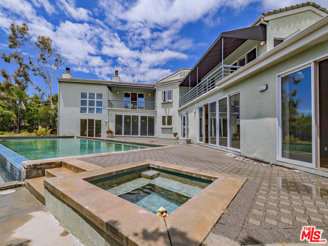 23400 MOON SHADOWS DR, MALIBU, California 90265, 5 Bedrooms Bedrooms, ,7 BathroomsBathrooms,Residential Lease,For Sale,MOON SHADOWS,20-547688