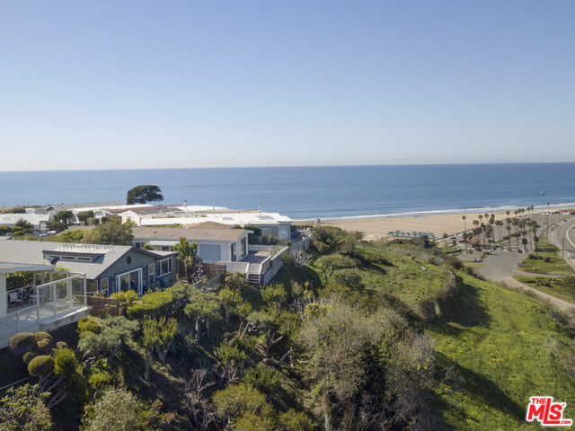 29500 Heathercliff RD, MALIBU, California 90265, 3 Bedrooms Bedrooms, ,3 BathroomsBathrooms,Manufactured In Park,For Sale,Heathercliff,20-547732