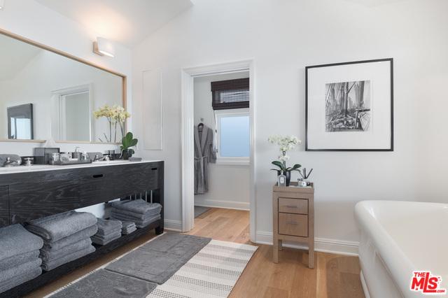 23930 MALIBU RD, MALIBU, California 90265, 6 Bedrooms Bedrooms, ,8 BathroomsBathrooms,Residential Lease,For Sale,MALIBU,20-549594