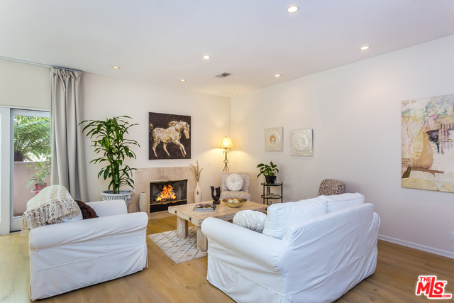 Photo of 446 SAN VICENTE #101, SANTA MONICA, CA 90402