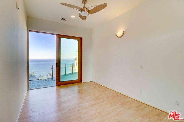 3930 RAMBLA ORIENTA, MALIBU, California 90265, 3 Bedrooms Bedrooms, ,4 BathroomsBathrooms,Residential Lease,For Sale,RAMBLA ORIENTA,20-550780