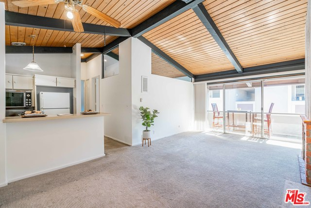 Photo of 6505 GREEN VALLEY CIR #311, CULVER CITY, CA 90230