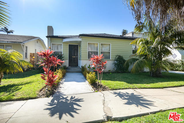 Photo of 2431 WALGROVE AVE, LOS ANGELES, CA 90066