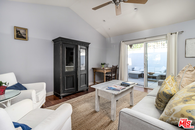 3950 LAS FLORES CANYON RD, MALIBU, California 90265, 2 Bedrooms Bedrooms, ,1 BathroomBathrooms,Residential Lease,For Sale,LAS FLORES CANYON,20-553962