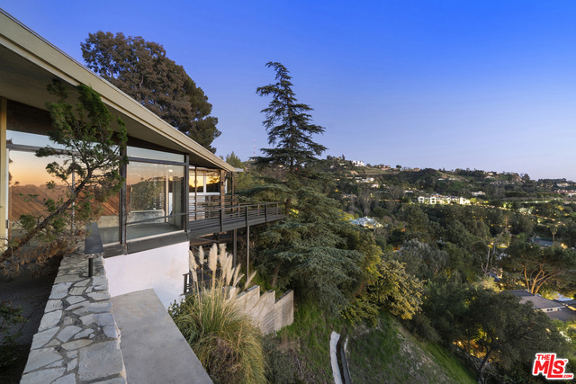 Photo of 2859 COLDWATER CANYON DR, BEVERLY HILLS, CA 90210