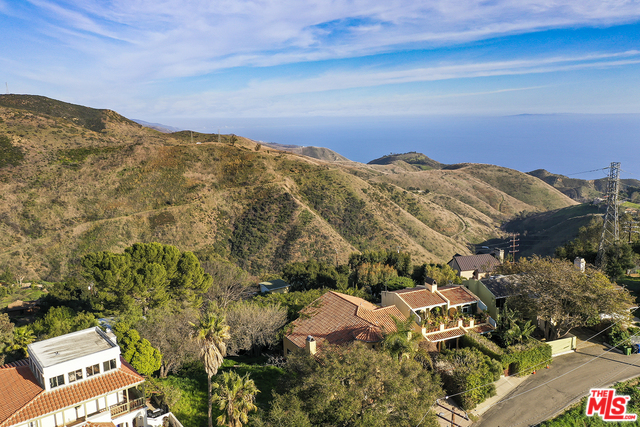 4366 HILLVIEW DR, MALIBU, California 90265, 3 Bedrooms Bedrooms, ,3 BathroomsBathrooms,Residential,For Sale,HILLVIEW,20-554836