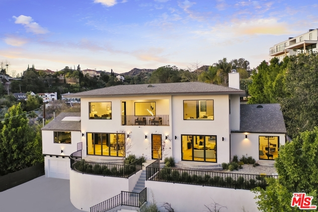 Photo of 4301 CROMWELL AVE, LOS ANGELES, CA 90027