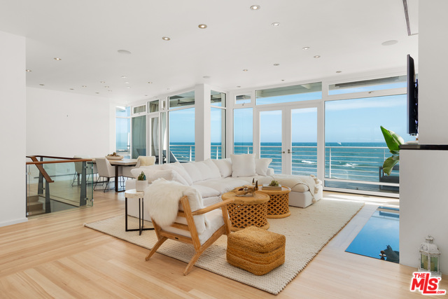 24752 MALIBU ROAD, MALIBU, California 90265, 3 Bedrooms Bedrooms, ,4 BathroomsBathrooms,Residential,For Sale,MALIBU ROAD,20-556384