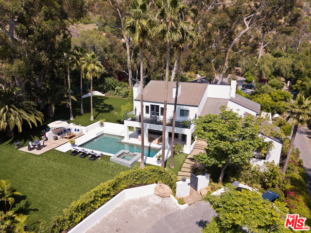 3216 SERRA ROAD, MALIBU, California 90265, 5 Bedrooms Bedrooms, ,6 BathroomsBathrooms,Residential,For Sale,SERRA ROAD,20-556510