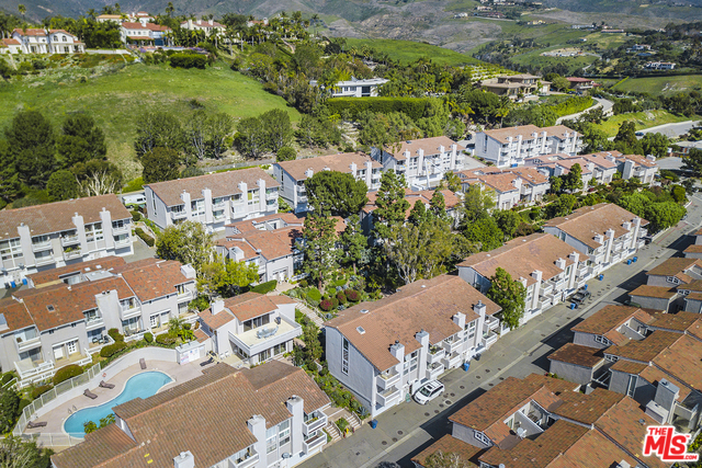 28330 REY DE COPAS LN, MALIBU, California 90265, 2 Bedrooms Bedrooms, ,3 BathroomsBathrooms,Residential Lease,For Sale,REY DE COPAS,20-556616