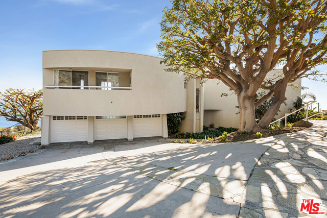 32215 PACIFIC COAST HWY, MALIBU, California 90265, 4 Bedrooms Bedrooms, ,5 BathroomsBathrooms,Residential Lease,For Sale,PACIFIC COAST,20-557884