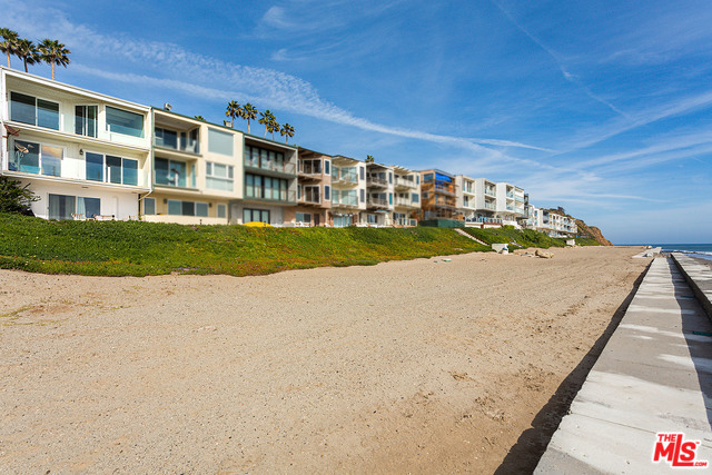 11840 BEACH CLUB WAY, MALIBU, California 90265, 2 Bedrooms Bedrooms, ,3 BathroomsBathrooms,Residential Lease,For Sale,BEACH CLUB,20-559436