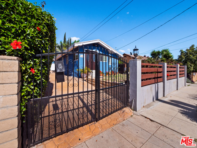 Photo of 3459 PLATA ST, LOS ANGELES, CA 90026