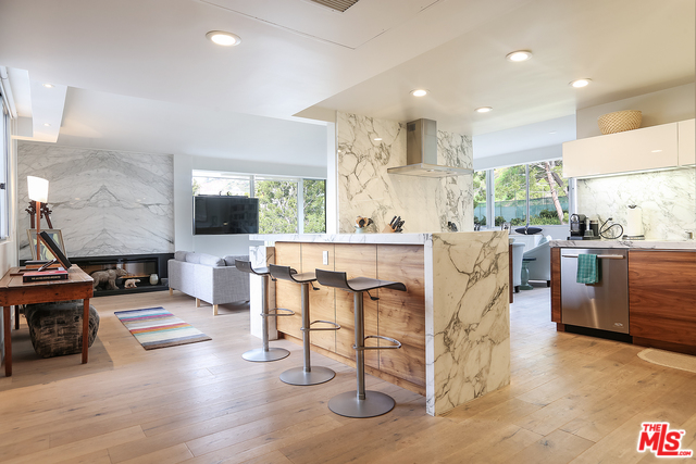 Photo of 17352 W SUNSET #301, PACIFIC PALISADES, CA 90272