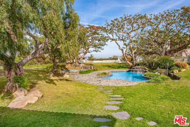 7016 DUME DR, MALIBU, California 90265, 3 Bedrooms Bedrooms, ,3 BathroomsBathrooms,Residential Lease,For Sale,DUME,20-562374