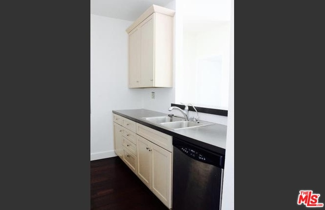 Address not available!, 2 Bedrooms Bedrooms, ,2 BathroomsBathrooms,Residential Lease,For Sale,CIVIC CENTER,20-563286