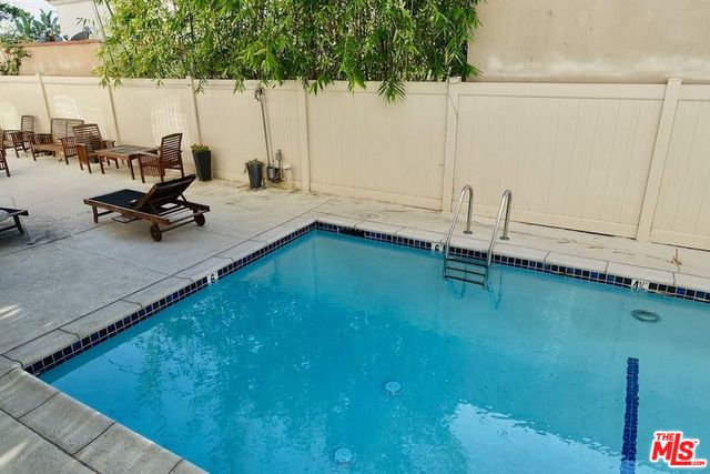 Photo of 1021 N CRESCENT HEIGHTS #106, WEST HOLLYWOOD, CA 90046
