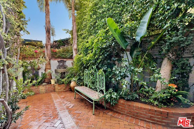 23441 Malibu Colony RD, MALIBU, California 90265, 4 Bedrooms Bedrooms, ,3 BathroomsBathrooms,Residential,For Sale,Malibu Colony,20-564480