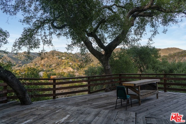 23200 RED ROCK RD, TOPANGA, California 90290, 2 Bedrooms Bedrooms, ,2 BathroomsBathrooms,Residential,For Sale,RED ROCK,20-565436